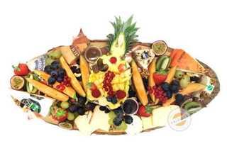 Afbeelding van Harde en zachte kaassoorten met fruit
